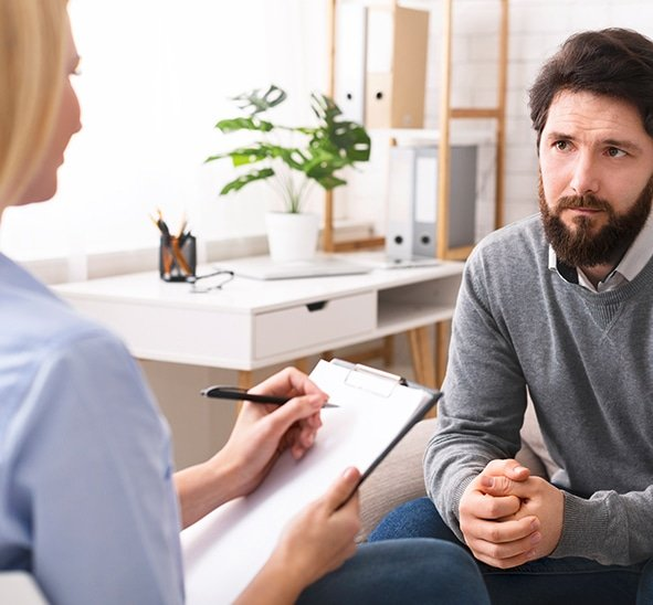 Descripción Diplomado Superior de Especialización en Evaluación e Intervención en Psicología Clínica